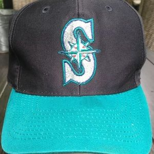 Vintage logo athletic Seattle Mariner baseball cap
